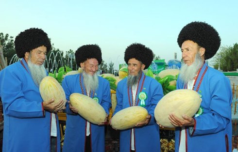 Turkmenistan-Melon-Day-Farmers
